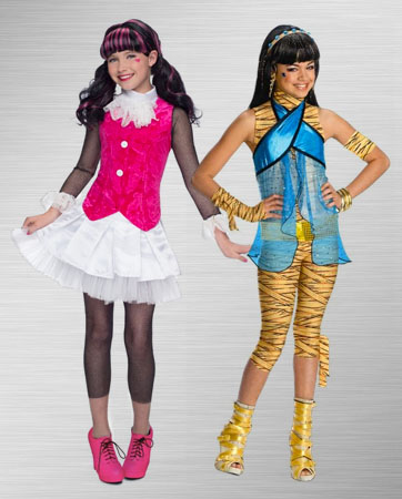 Cleo de Nile and Draculaura Costume Ideas